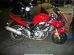Picture:  2006 Suzuki 650 Motorbike (Front Damaged)