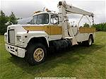 Picture: 1984 Mack R686T S/A Dual Wheeled Truck w/ National Crane 4T-46 Straight Boom 20,000 Lb Crane& Service Boxes