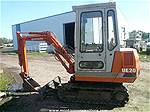 Picture: Hitachi UE-20 Mini-Hoe 2250 Hr  S/n 856C040113  Steel Tracks, 16 Tooth Bucket