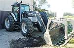 Picture: White 6810 MFWD Tractor (Loaded) S/n K180014- 1929 Hrs - 110hp - Alo Quicke Q970-SL FEL W/Grappler, 3 Pt, 20.8x38 Rubber