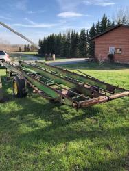 Picture: JD 00200 Loose Stack Mover –PTO
